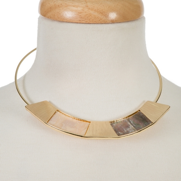 "Gold tone memory wire choker featuring mother of pearl and abalone. Approximately 5.5"" in diameter."