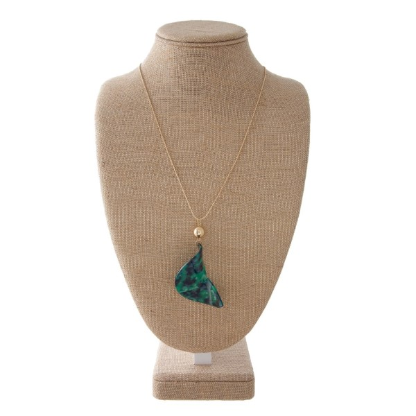 """Gold tone adjustable necklace with 3.5"""" pendant. Approximately 30"""" in length."""