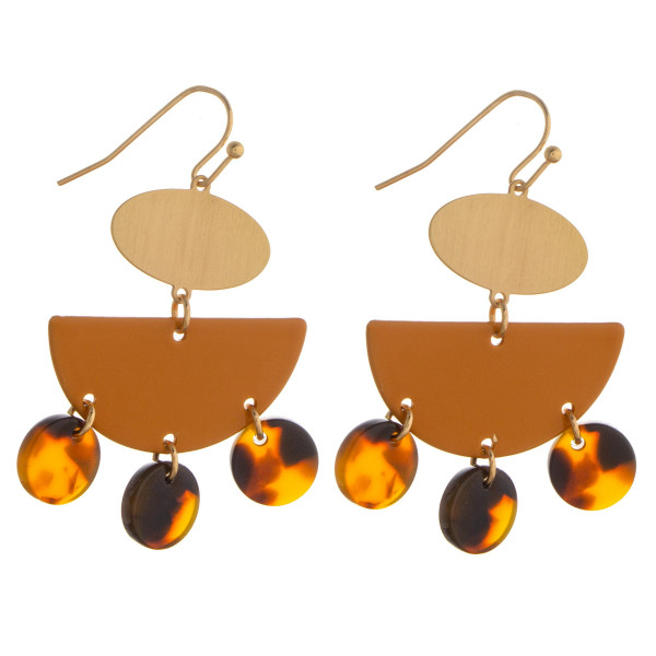 Short brass earrings with acetate details. Approximate 1.5mm in diameter.