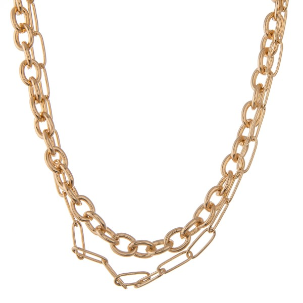 """Short Gold chain link necklace.  - Approximately 16"""" L  - 3"""" extender"""