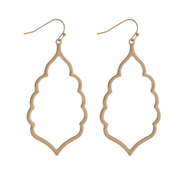 Wholesale gold fishhook earrings open scalloped