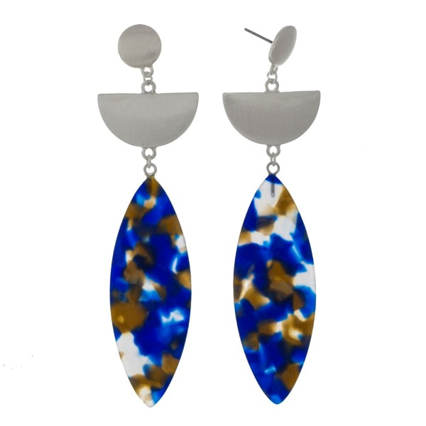 """Silver tone post style earrings with a brushed texture and an acetate oval shape. Approximately 3.5"""" in length."""