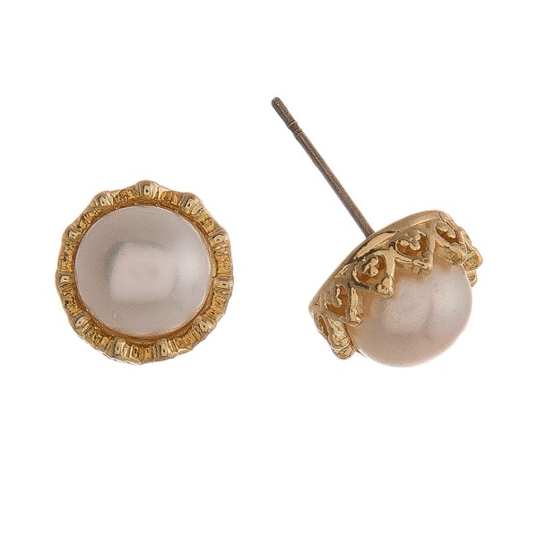 "Pearl earring with metal accent. Approximately 1/4"" in size."