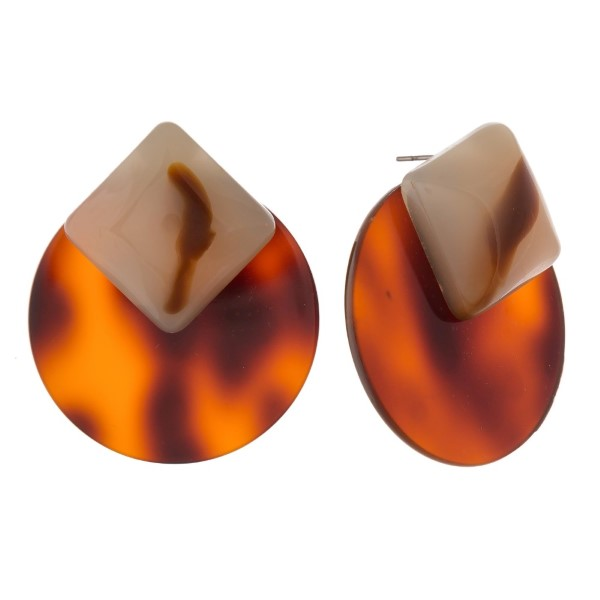 """Acetate stud earring with circle shape. Approximately 1.5"""" in length."""