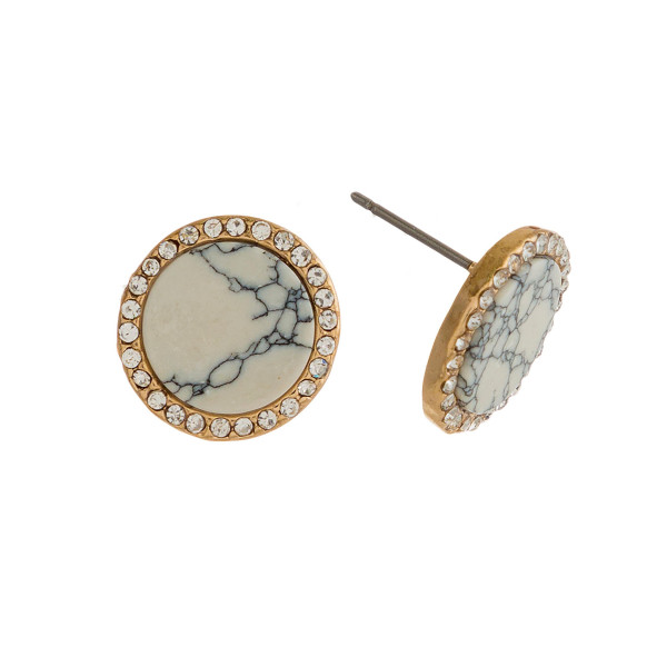 "Gold tone stud earring with natural stone circle shape. Approximately 1/2"" in size."