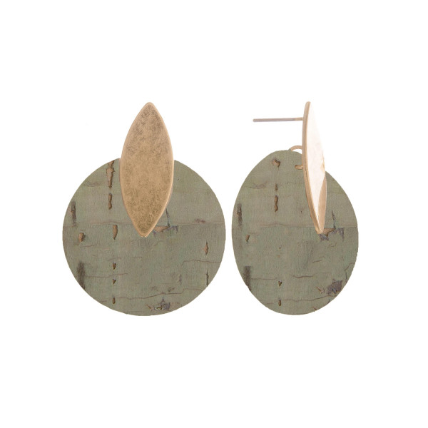 Wholesale short cork earrings gold post Approximate