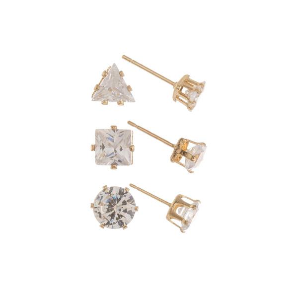 Short metal stud earrings. Approximate 4mm.