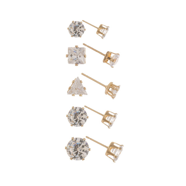 Metal  stud earring with crystals. Approximate 4mm.