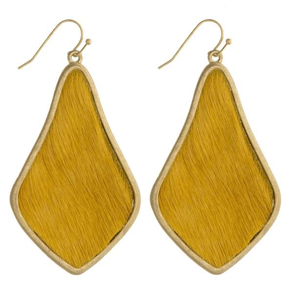 Wholesale cowhide encased arabesque drop earrings