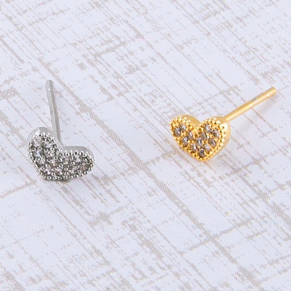 Dainty Gold dipped cubic zirconia heart stud earrings.  - Cubic Zirconia  - Approximately 6mm in size