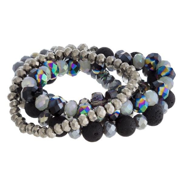 Faceted beaded stretch bracelet set.