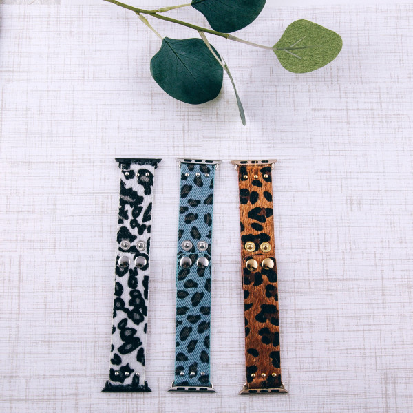 """Interchangeable fur faux leather leopard print watch band for smart watches. WATCH NOT INCLUDED. Approximately 8.5"""" in length.  - 38mm - Adjustable closure"""