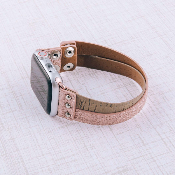 """Interchangeable metallic faux leather and cork smart watch band for smart watches only. WATCH NOT INCLUDED. Approximately 4.5"""" in diameter. Fits up to a 7"""" wrist.  - 38mm - Adjustable closure"""