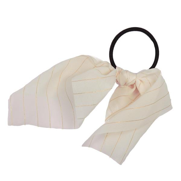 Taupe gold stripe scrunchie.