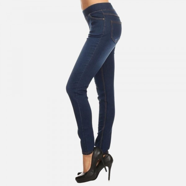 """Women's classic pull on denim jeggings.  - Pull on style  - 4 functional pockets - Elastic 1.5"""" waistband  - Pack Breakdown: 6pcs/pack - Sizes: 2S / 2M / 2L - Inseam approx. 29"""" L - 76% Cotton, 22% Polyester, 2% Spandex"""