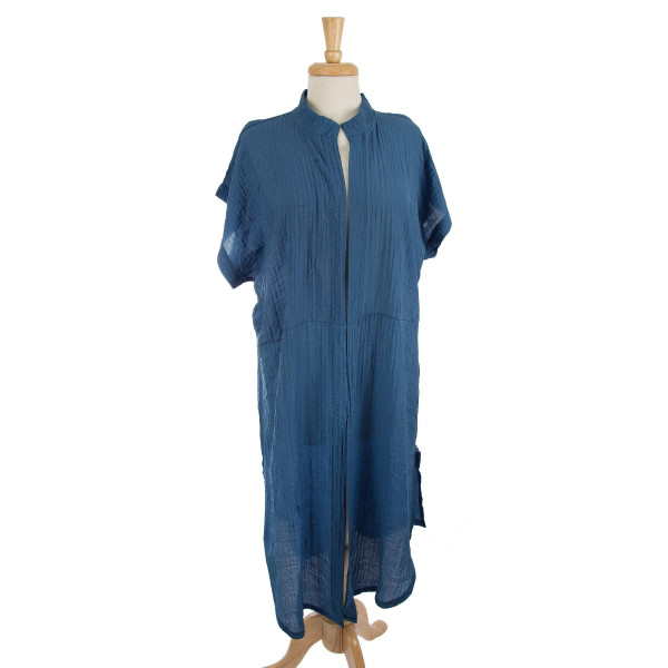 Lightweight, short sleeve, duster length kimono. 100% polyester. One size fits most.
