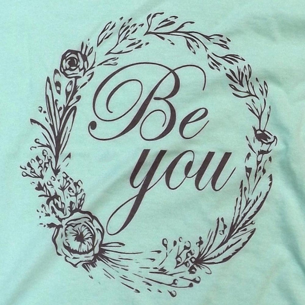 BE YOU kids - Short Sleeve Boutique Graphic Tee. These t-shirts are sold in a 6 pack. XS: 1 S:2 M:2 L:1 35% Cotton 65% Polyester Brand: Anvil
