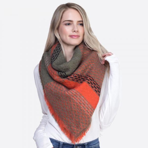 Soft printed square scarf. 100% acrylic.