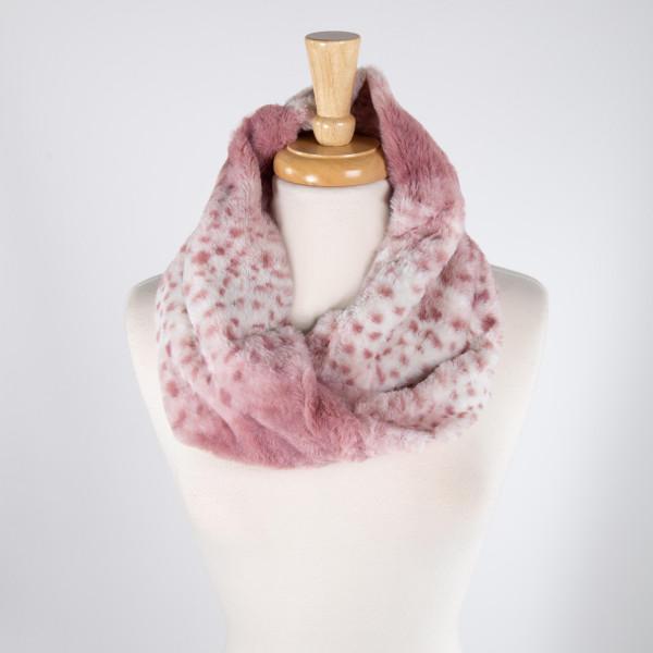 Animal print tube scarf. 100% acrylic.