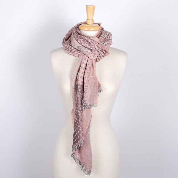 Multi color scarf. 70% acrylic and 30% cotton.