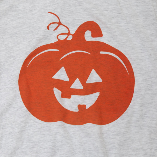 PUMPKIN - Short Sleeve Boutique Graphic Tee. These t-shirts are sold in a 6 pack. S:1 M:2 L:2 XL:1 35% Cotton 65% Polyester Brand: CANVAS BELLA