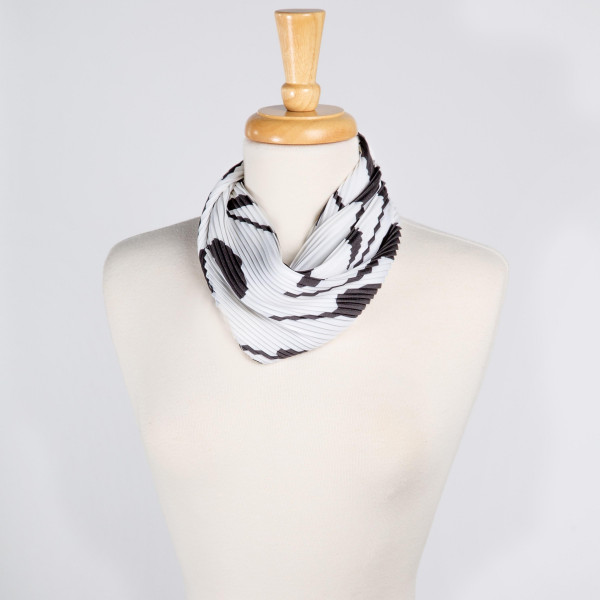 "Light weight printed scarf. Denimson: 27 1/2"" x 27 1/2""  100% POLYESTER"