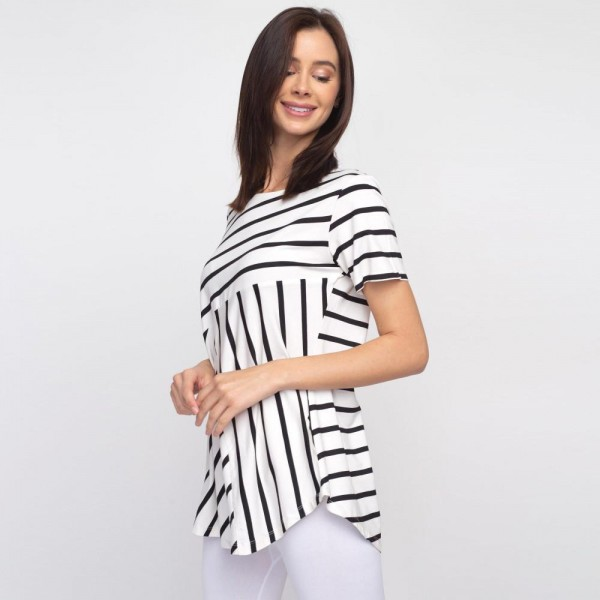 """Striped white and black short sleeve tunic top. Approximately 27"""" in length.  - Pack Breakdown: 6pcs / pack  - Sizes: 2S / 2M / 2L  - Composition: 95% Rayon, 5% Spandex"""