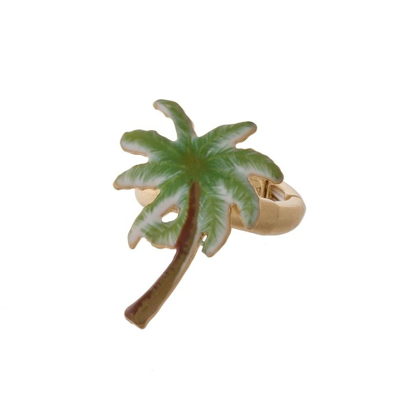 Metal stretch ring with tropical focal.