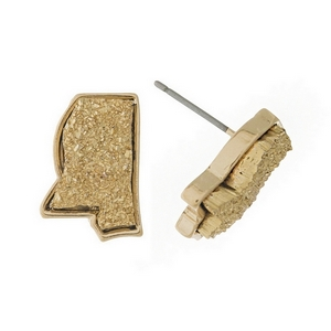 Gold tone stud earring with a faux druzy stone in the shape of Mississippi. Approximately 15mm in length.