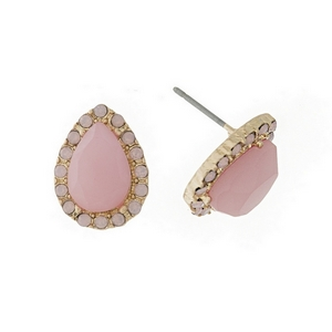 Gold tone stud earring featuring a pink stone surrounded by clear glass faceted stones. Approximately 13mm in length.