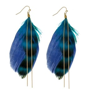 "Gold tone fishhook earrings with two tone feathers and a gold tone chain accent. Approximately 4"" in length."
