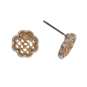 Two tone stud earring with filigree clover shape. Approximately 10 mm.