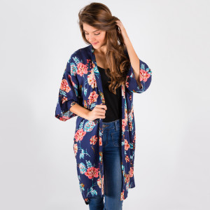 Long, lightweight kimono with a floral print and 3/4 length sleeves. 100% viscose. One size fits most.