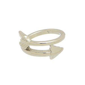 Size 4 silver tone knuckle ring with an arrow focal.