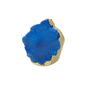 Hammered, gold tone adjustable ring with a royal blue agate stone focal. Handmade in the USA.