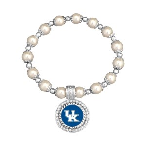 Officially licensed pearl bead and silver tone stretch bracelet, featuring a silver tone medallion charm with a Kentucky logo center, accented with crystal clear rhinestones.