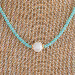 Wholesale short blue beaded necklace pearl accent