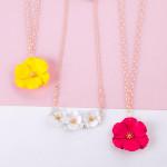 Wholesale cable chain necklace metal flower pendant gold center detail Pendant d