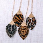Wholesale long doubled genuine leather animal print feather pendant necklace Pen